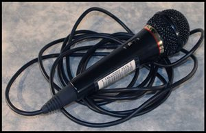 Wired-Microphone.jpg