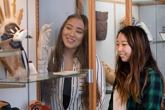Ashley Sandoval, Sophia Kim